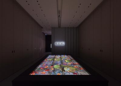 ロロ・ピアーナ銀座店に幻想的なデジタルアート空間が出現。