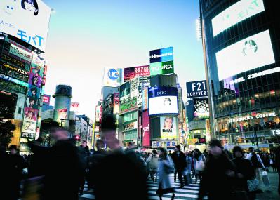 4月25日は尾崎豊の命日──楽曲のモチーフとなった、ゆかりの地を訪ねて。
