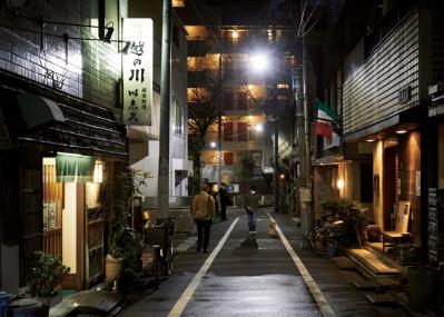 迷いたくなる街、荒木町の昭和グルメ