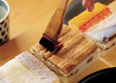 """江戸前のルーツ""""箱鮨""""を編み出した、大阪「吉野寿司」にみる上方の流儀とは"""