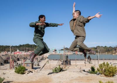 『スウィング・キッズ』のカン・ヒョンチョル監督が語る、朝鮮戦争+タップダンスで描こうとした悲劇と希望。