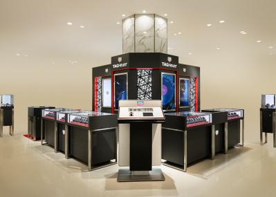 タグ・ホイヤーが阪急うめだ本店にグランドオープン! 160年かけて築かれた世界観を堪能せよ。