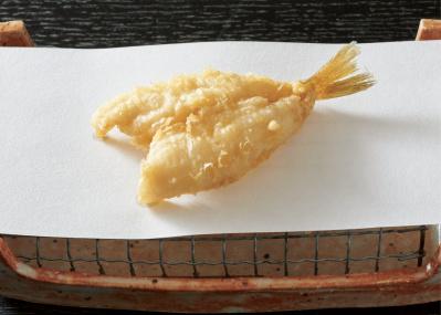 素材まるごと旬を味わえる、江戸前天ぷらの最新型4軒。