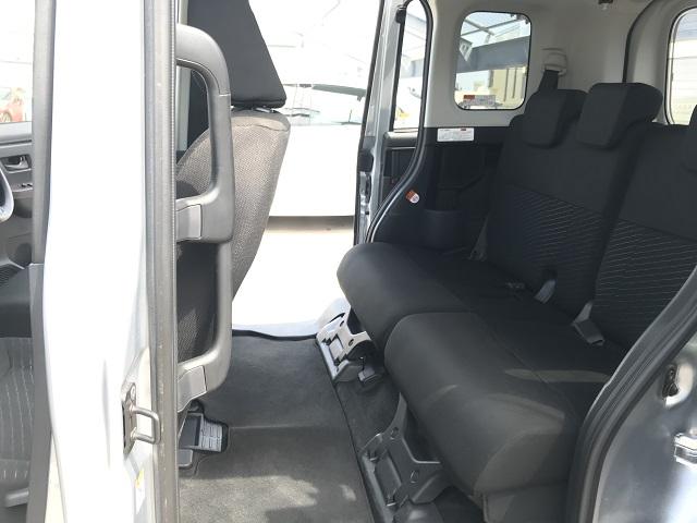▲後部座席もスライドシートなので、広々スペースにもアレンジOK!