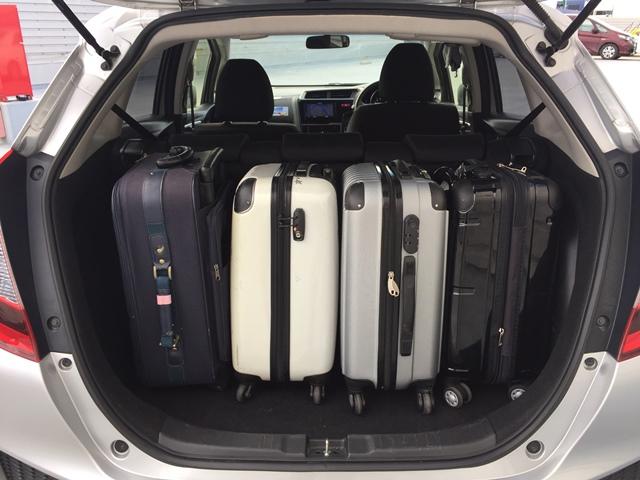 ▲荷室空間は、キャリーバッグ(機内持ち込みサイズ)×3〜4が目安サイズです!