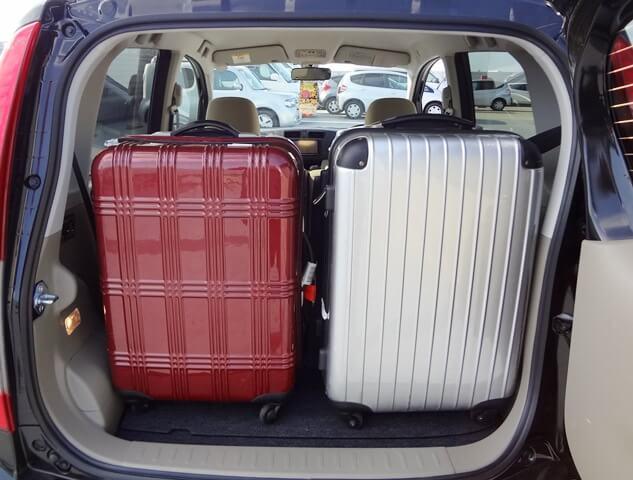 ▲荷室空間はキャリーバッグ(Mサイズ)×2個が目安サイズ!