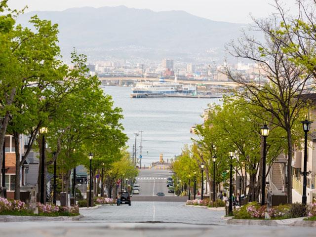 元町(旧函館区公会堂・八幡坂など)