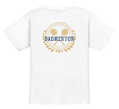 Tシャツの中心に堂々とバドミントンのエンブレムを!