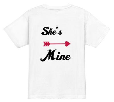 後ろ姿でラブラブ度をアピール 1│Tシャツプレゼント