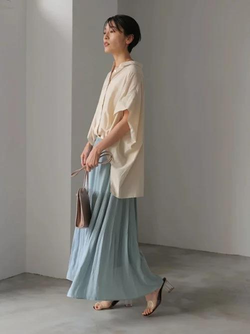 パステルカラーのスカート