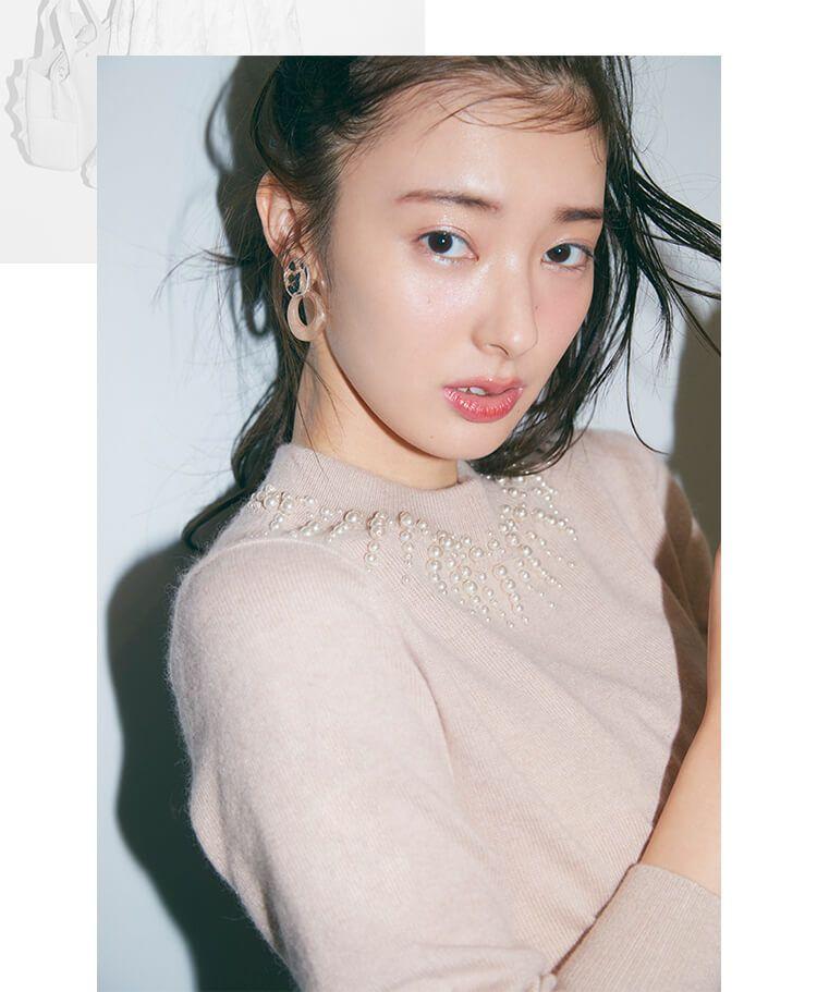 宮本茉由 JILL by 胸元のパールがエレガント