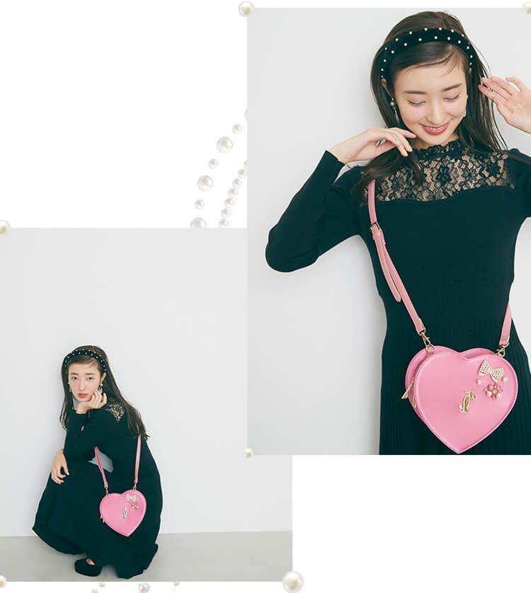 宮本茉由 JILL by 鮮やかピンクのハート型ポシェット