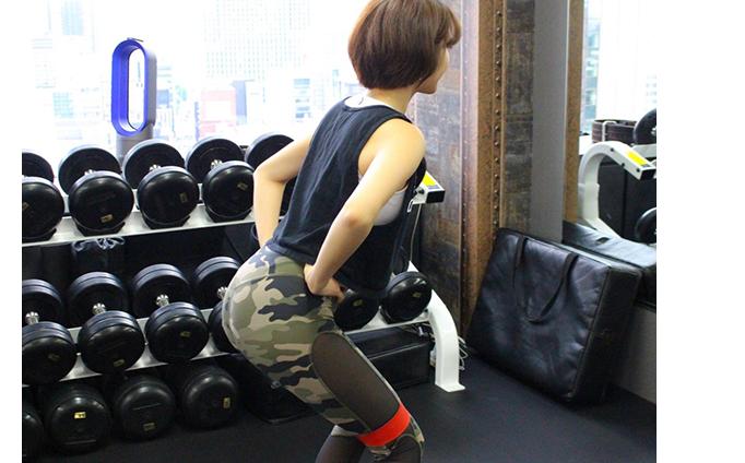 カニ歩きみたいな動きをするトレーニング