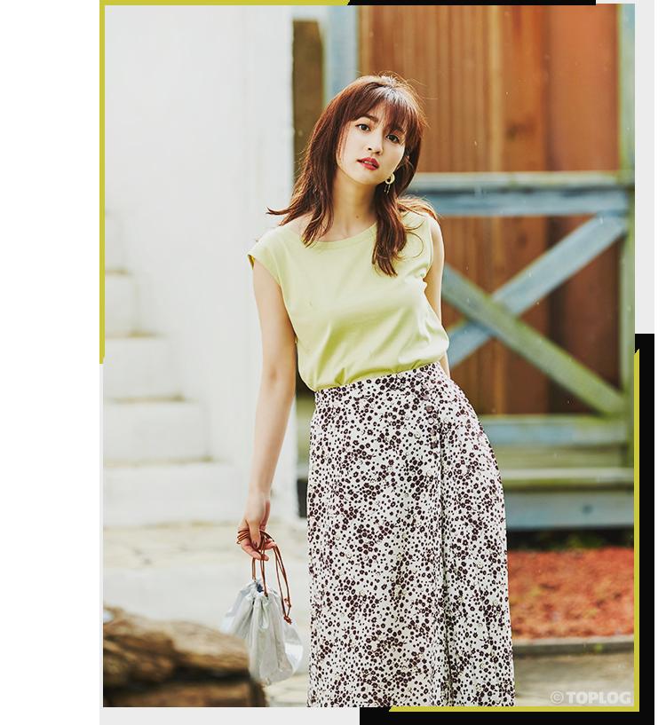 小花とハートをMIXした他にはない柄が魅力のスカート