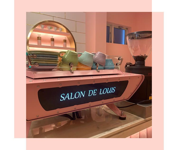 Salon de Louis Pink room