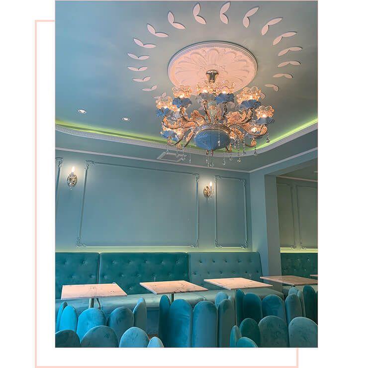 Salon de Louis Blue room