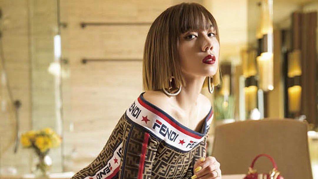 仲里依紗さんの私服がおしゃれすぎる!注目の個性派コーデ19選
