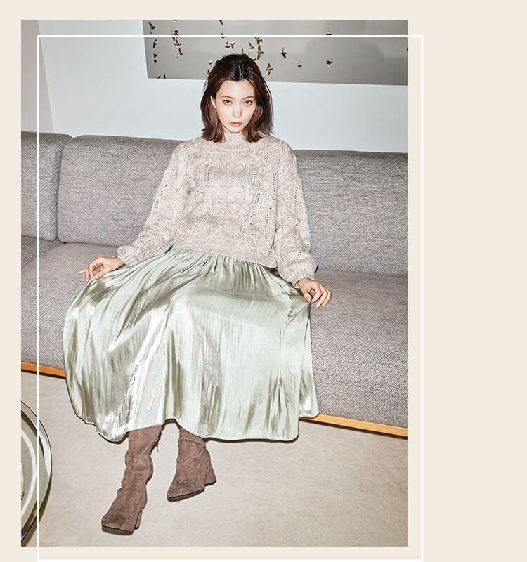 ジルスチュアート 八木アリサ 上品なサテンスカート