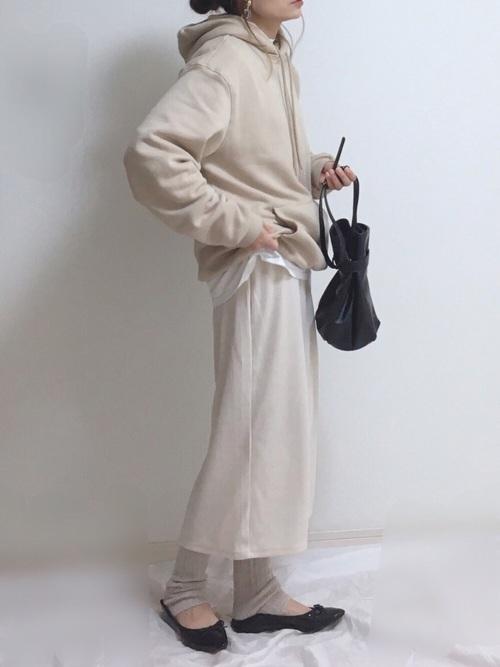 スカートを使った児童館の服装
