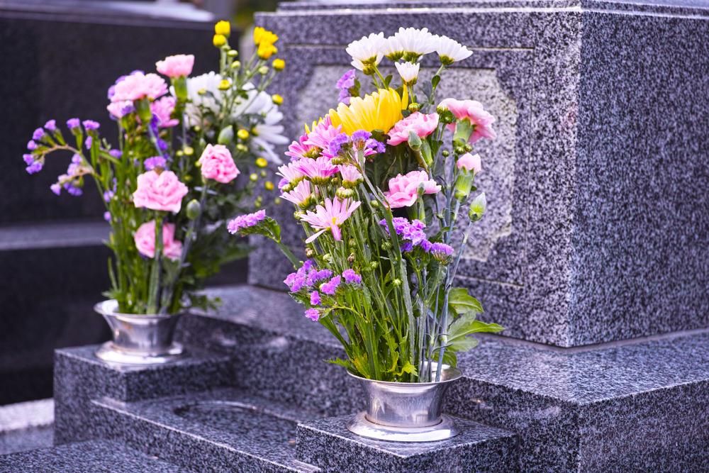 お墓の墓石