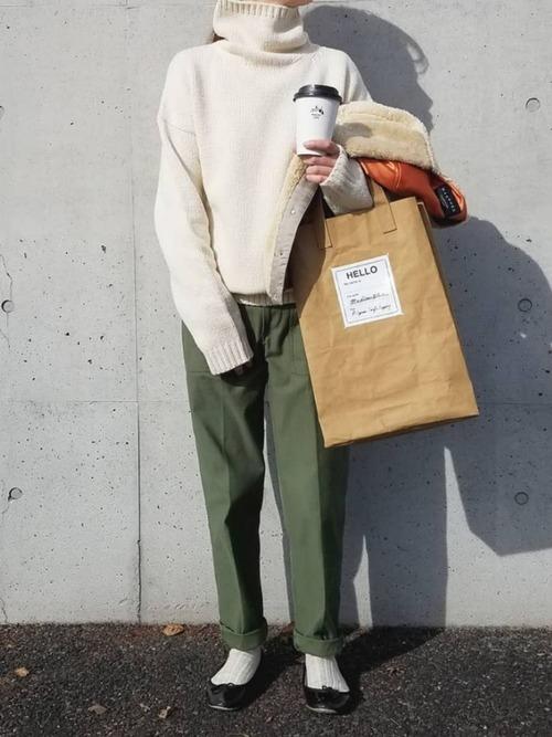 ベイカーパンツを使った山形の服装