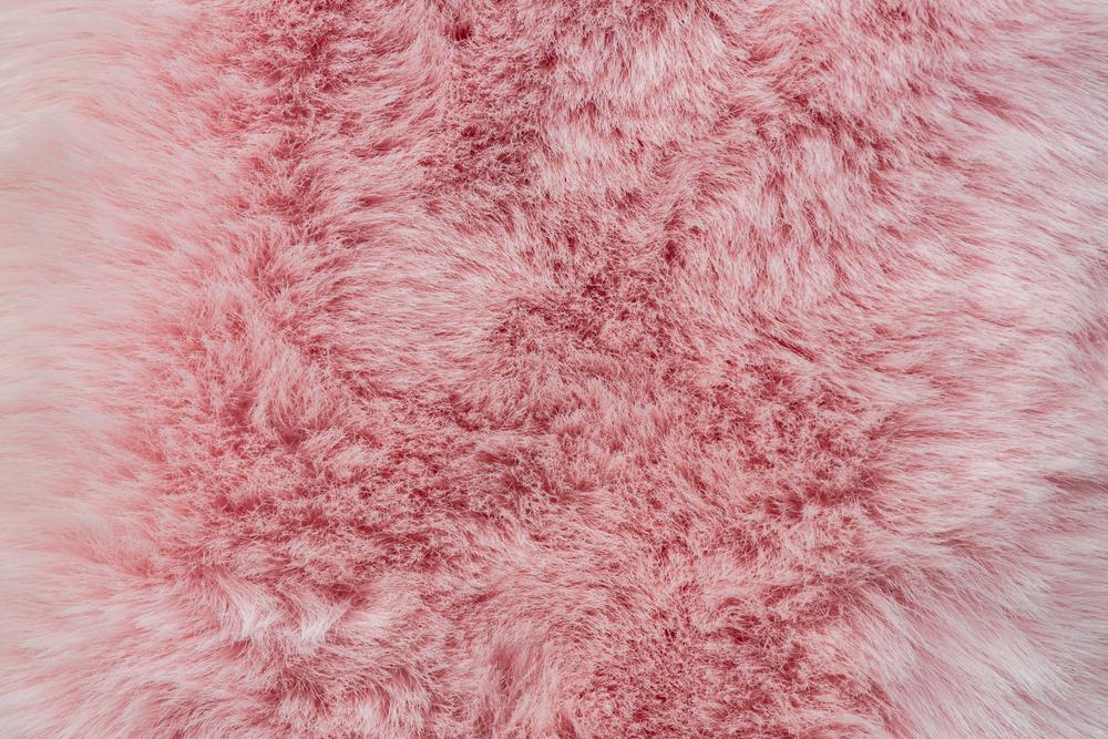 ピンクのファー
