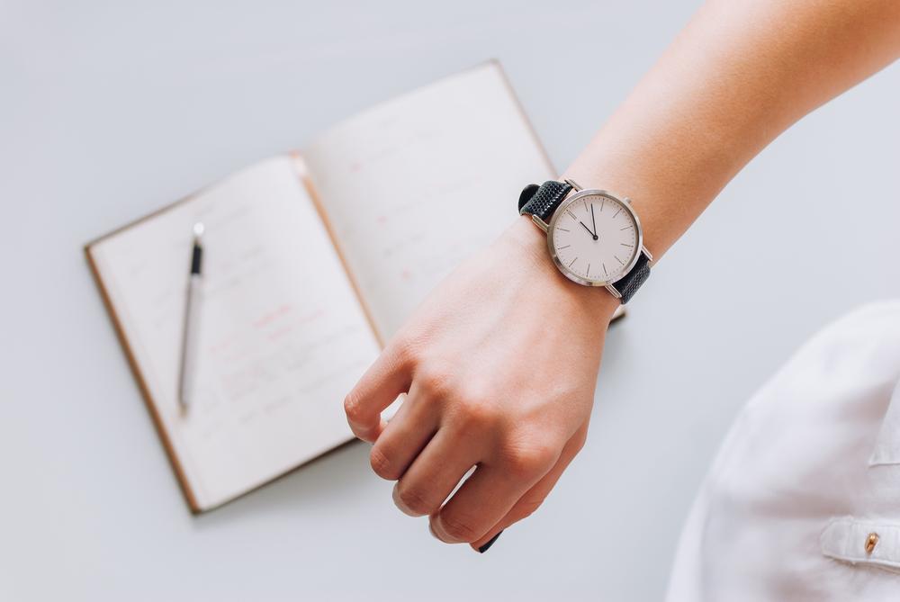 ノートと腕時計