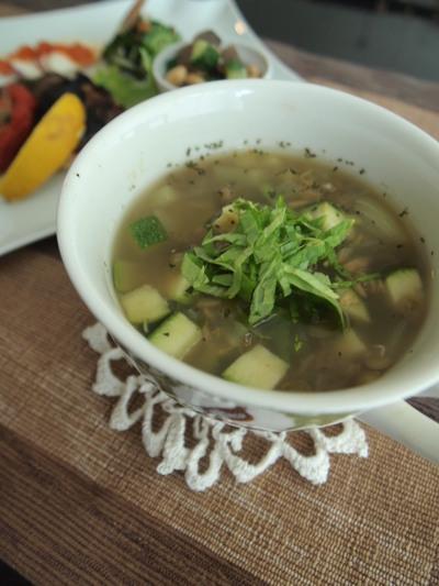 レンズマメとセロリのカレースープのレシピ