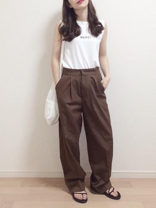 ワイドパンツを使った文化祭の服装