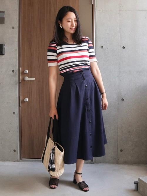 フレアスカートを使った文化祭の服装