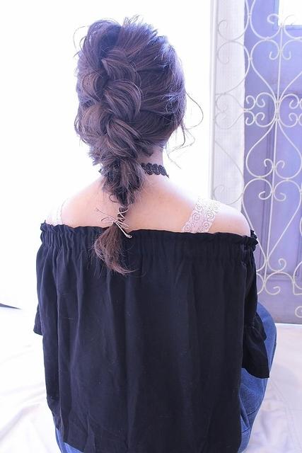 表編み込みの編み下ろしスタイル