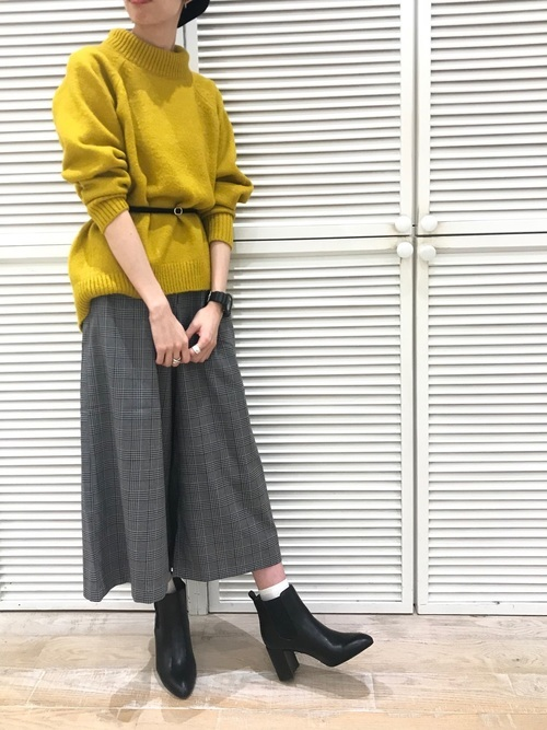 靴下×サイドゴアブーツ