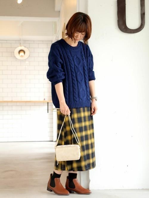 靴下×茶サイドゴアブーツ