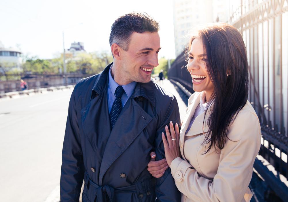 デートをしている理想の夫婦