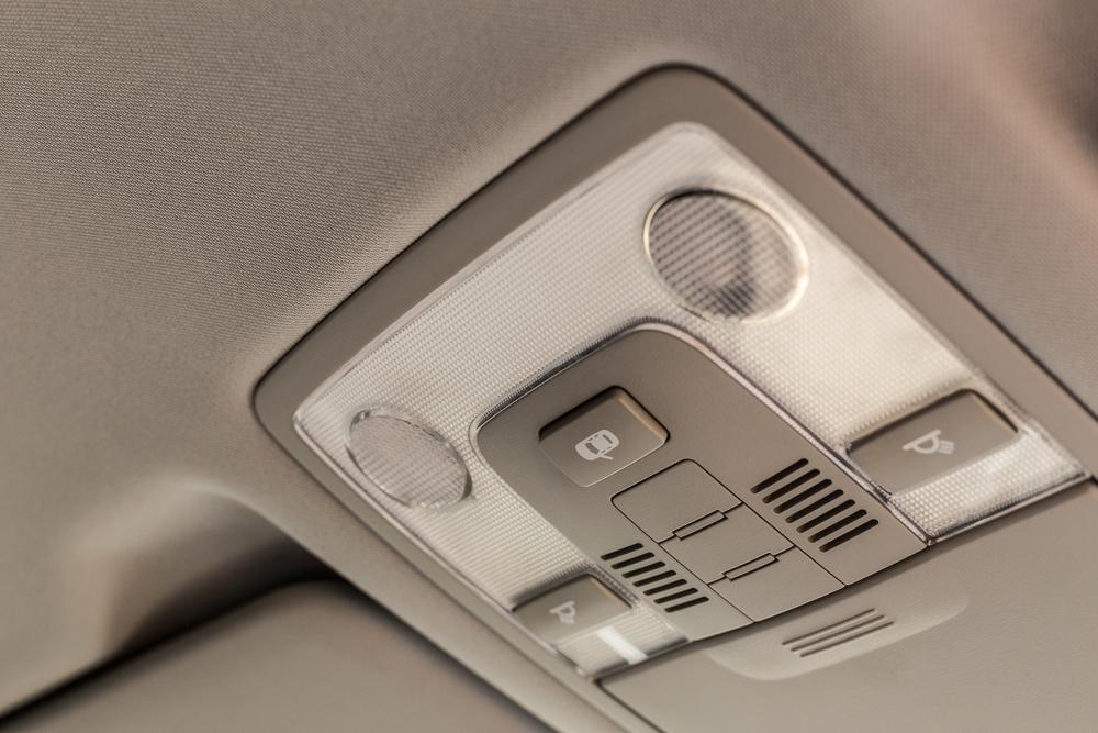 車内の天井