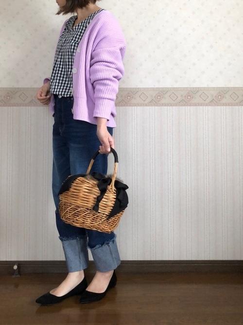 カーディガンを使った横浜の服装