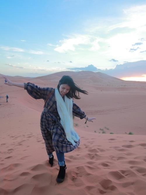 ワンピースを使った砂漠の服装