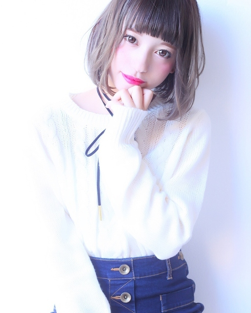 ぱっつん前髪×内巻きボブ