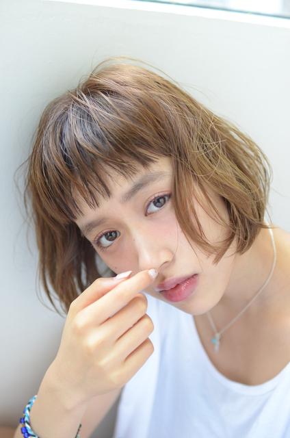 ぱっつん前髪×束感を出したセット