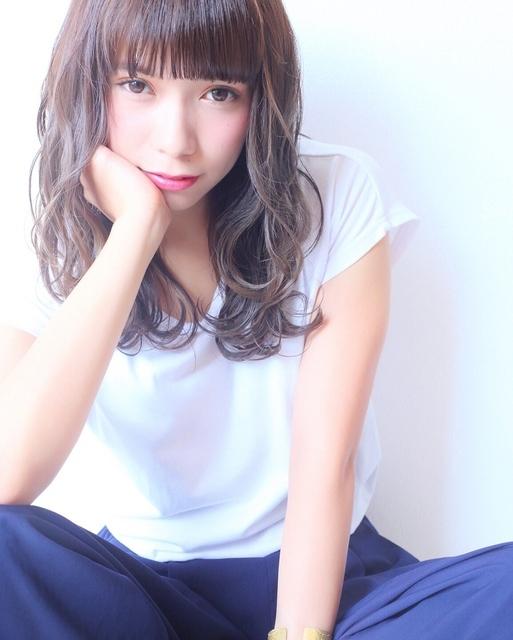 ぱっつん前髪×ロングヘア