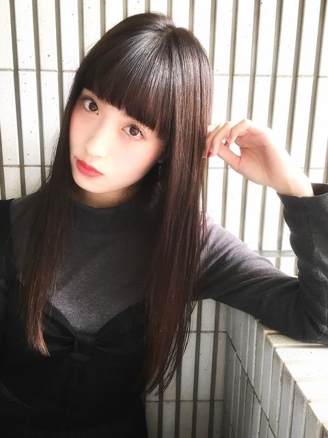 ぱっつん前髪×ストレートロング