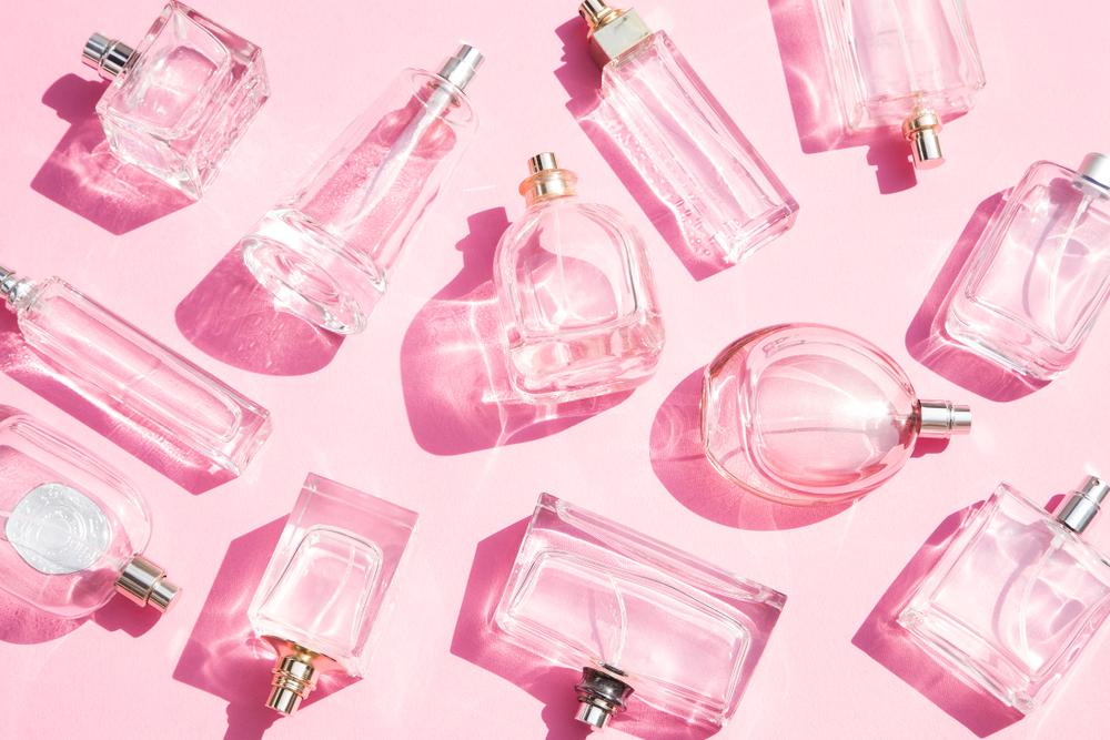 いろいろな形の香水