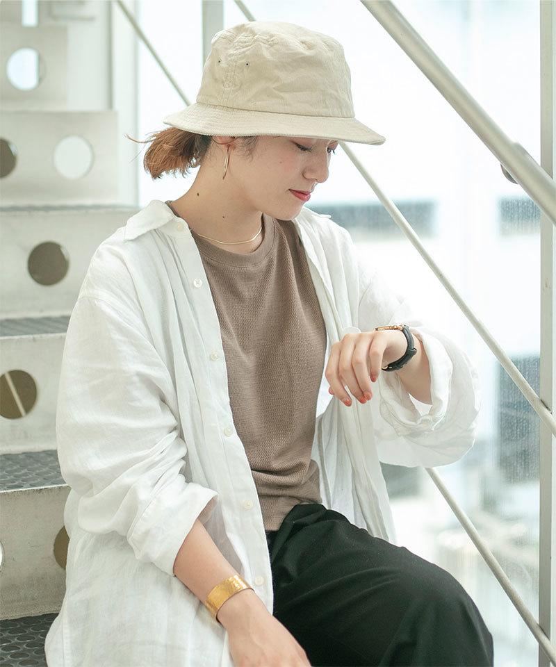 帽子を使った花粉症の服装