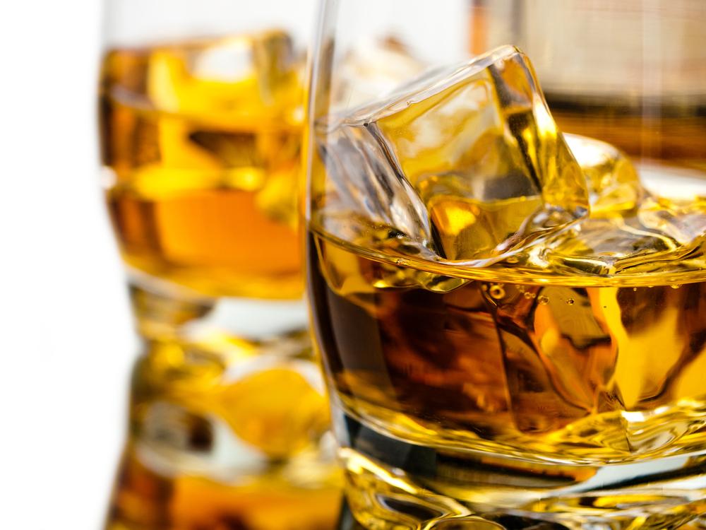 氷とウイスキー