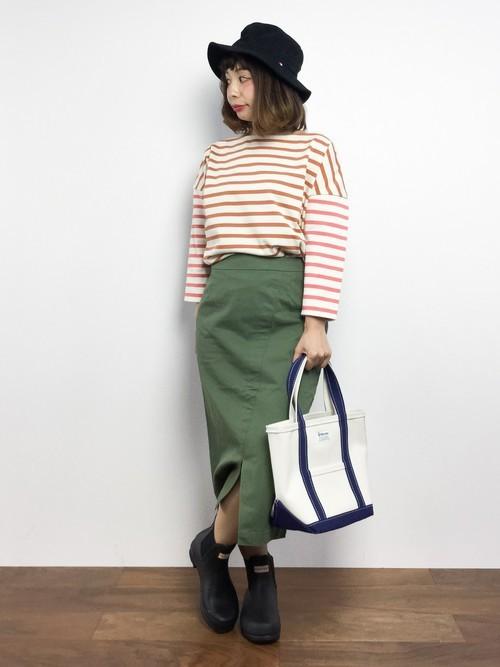 レインブーツを使った神戸の服装