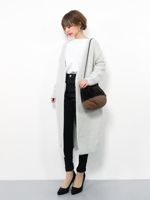 ロングカーディガンを使った神戸の服装
