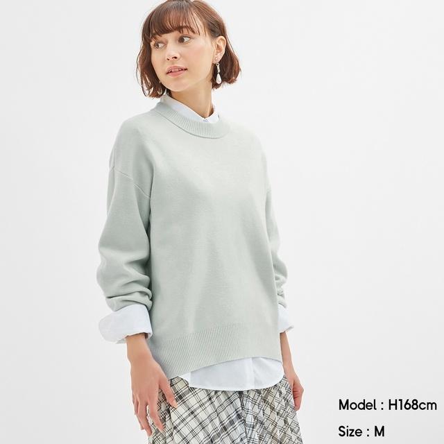 スウェットライクオーバーサイズセーターの写真