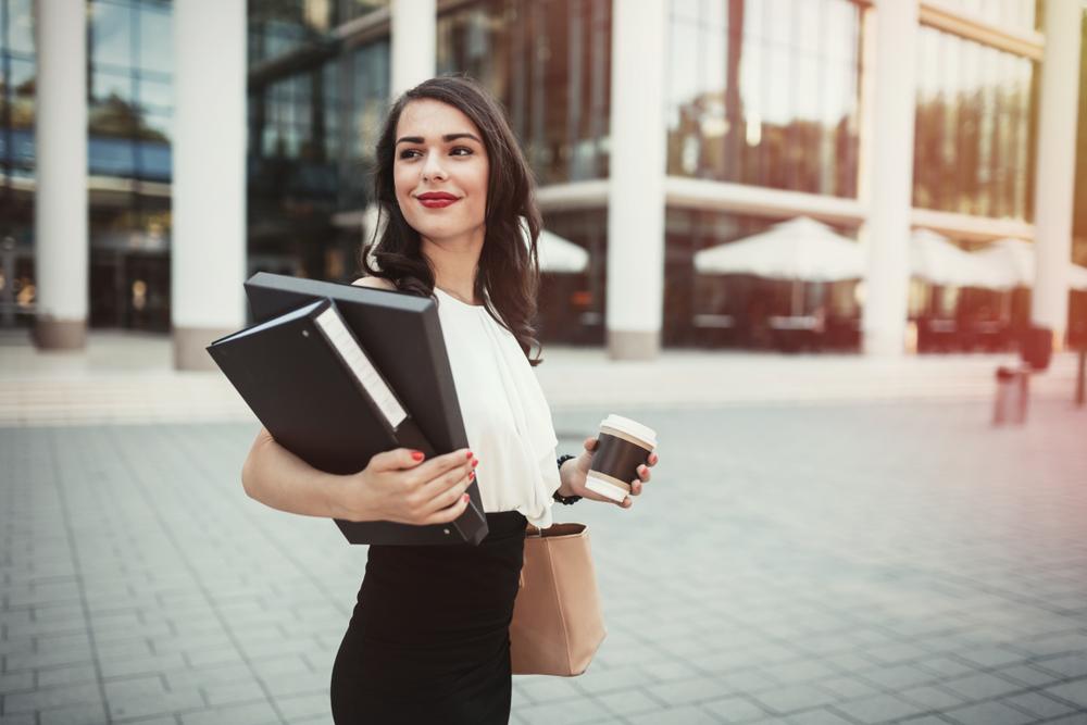 キャリア志向の女性