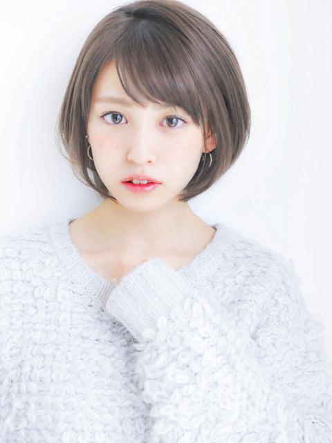 丸顔×ショートヘア