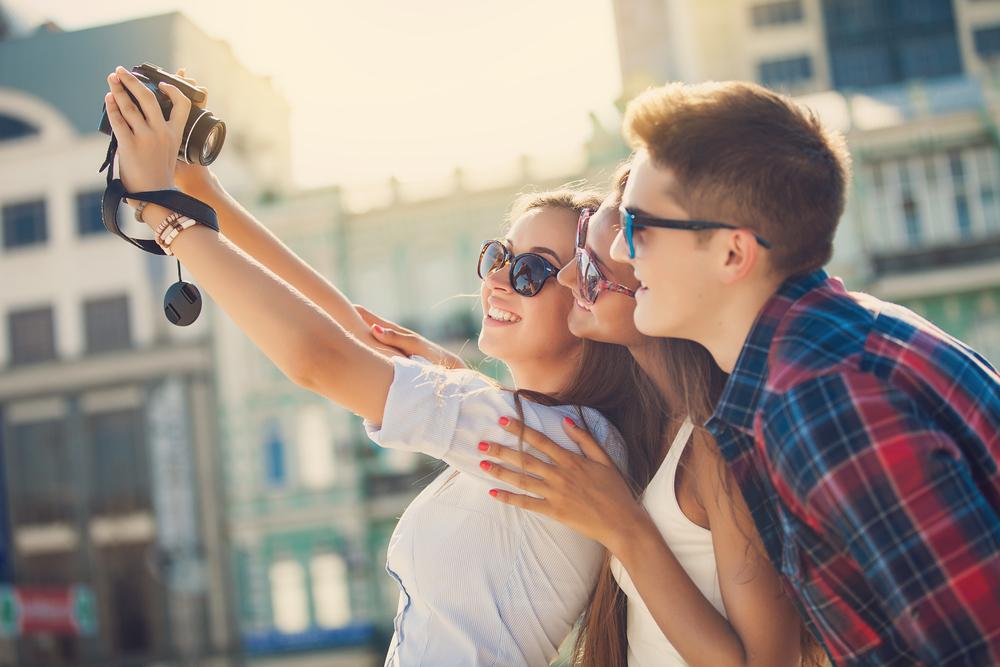 カメラが趣味の男女